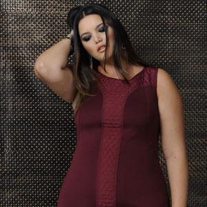 burgundy_vestido